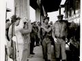 1970 - GRUPPO BANDIERA IN RIENTRO DA ROMA - 4