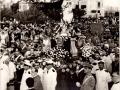 36) 1954 - LA MADONNA IN PIAZZA GARIBALDI