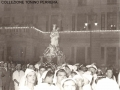41) 1954 - LA MADONNA DAVANTI IL PALAZZO DELLE POSTE